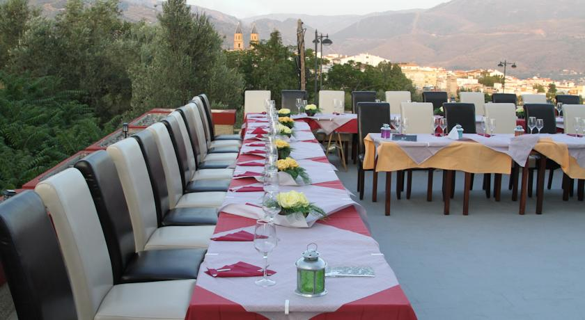 Bodas y Celebraciones en el Hotel Puerta Nazarí en Órgiva, Alpujarra Granada