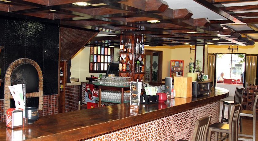 Bar del Hotel Puerta Nazarí en Órgiva, Alpujarra Granada