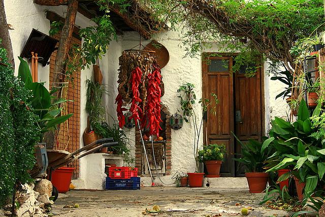 Puerta Nazari ¿Qué visitar en Las Alpujarras?